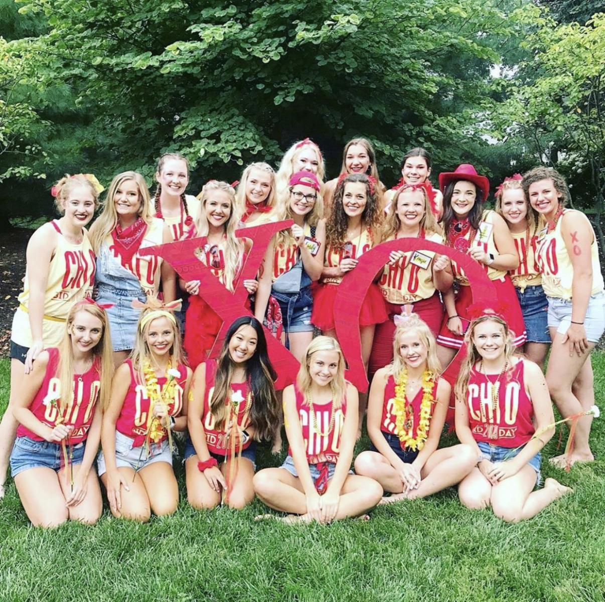 CASNR students in Chi Omega on Bid Day